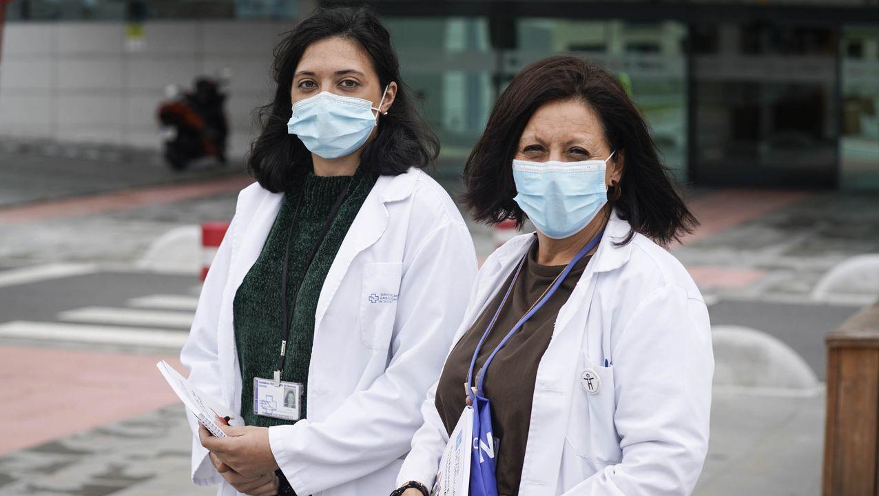 Azucena Alonso, del área de Innovación en el CHUO, y Belén Piñeiro, de Atención al Paciente