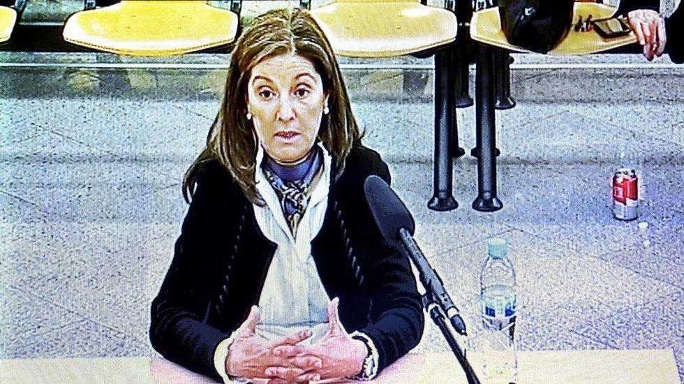 Aznarh.Imagen del monitor de la sala de prensa de la Audiencia  Nacional durante la declaración de Rosalía Iglesias, esposa de Bárcenas