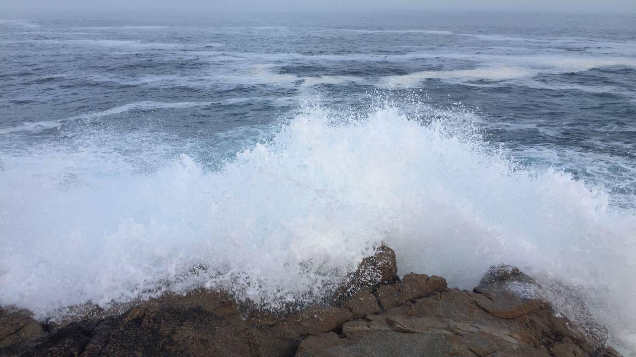 Mar de fondo por los restos de huracán Lorenzo