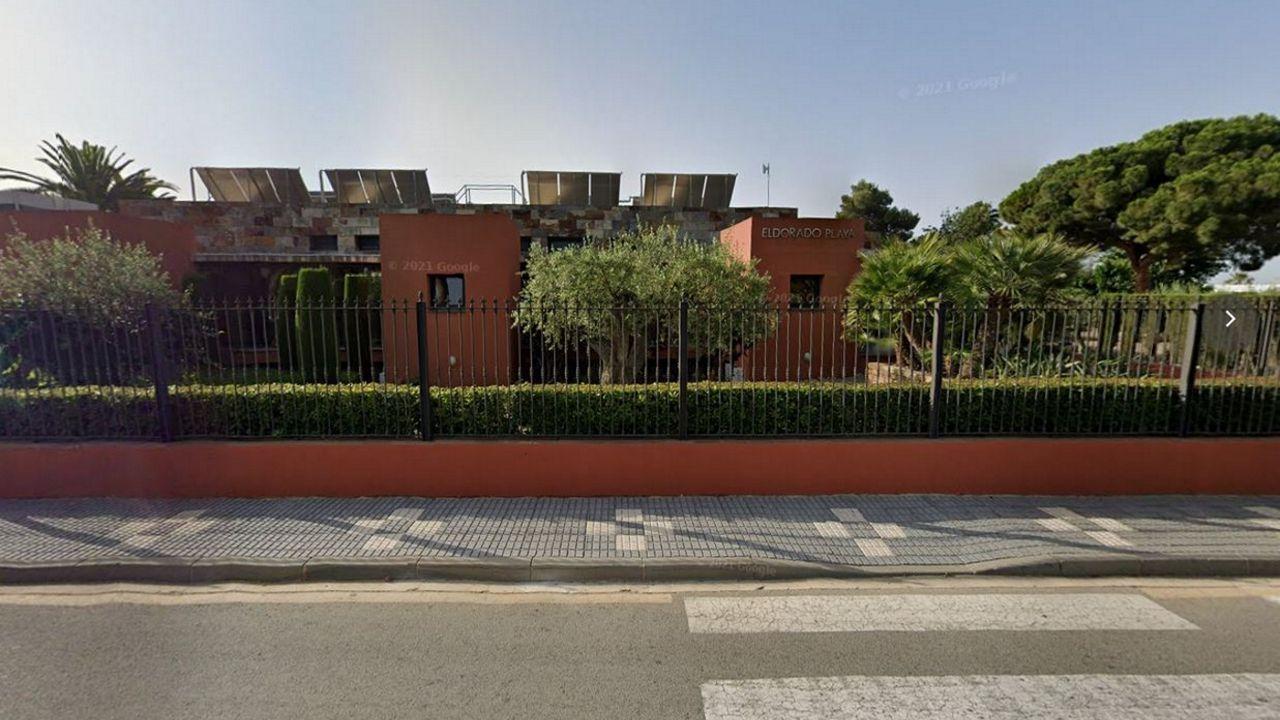 Concentraciones en Galicia por el asesinato de Samuel.La agresión tuvo lugar en el Hotel Estival ElDorado, situado en la calle Doppler de Cambrils.
