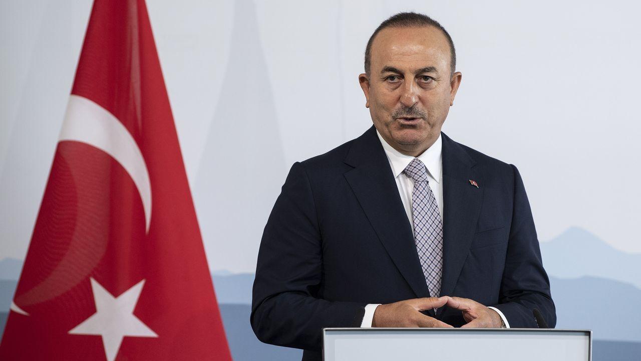 El ministro de Exteriores turco, Mevluet Cavusoglu