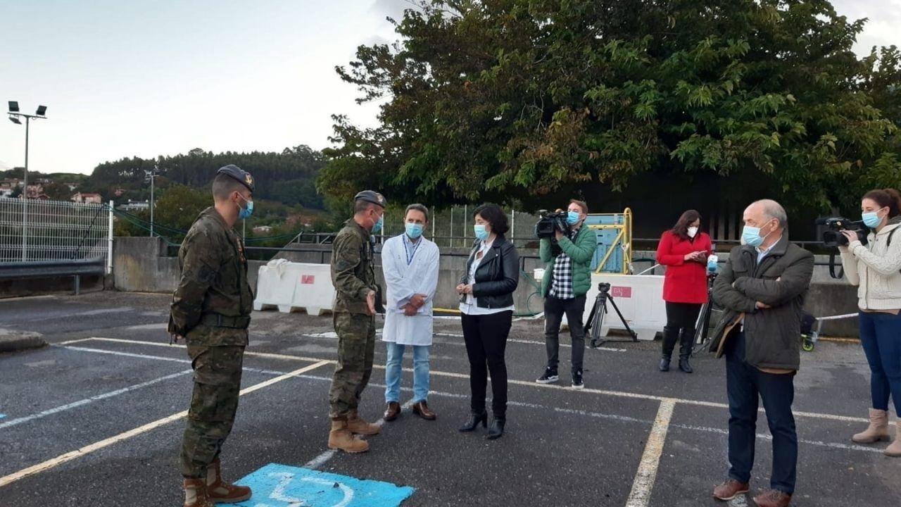 Militares y personal sanitario en Cabueñes