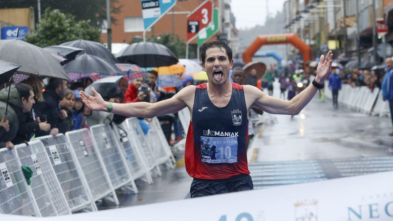 alejandro fernández, gañador do 10k. Foto La voz de galicia
