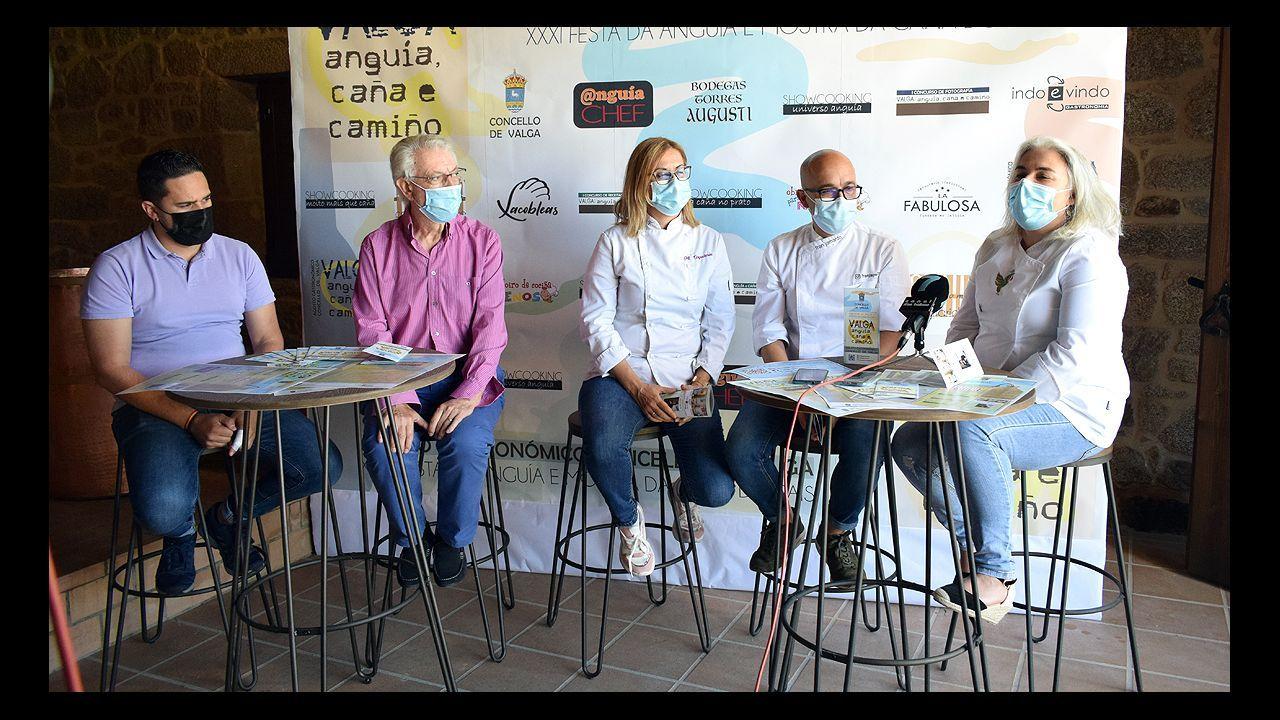 En los tres hospitales del área sanitaria, Montecelo (en la imagen), O Salnés y Quironsalud, había este viernes 35 pacientes covid, 5 de ellos en uci