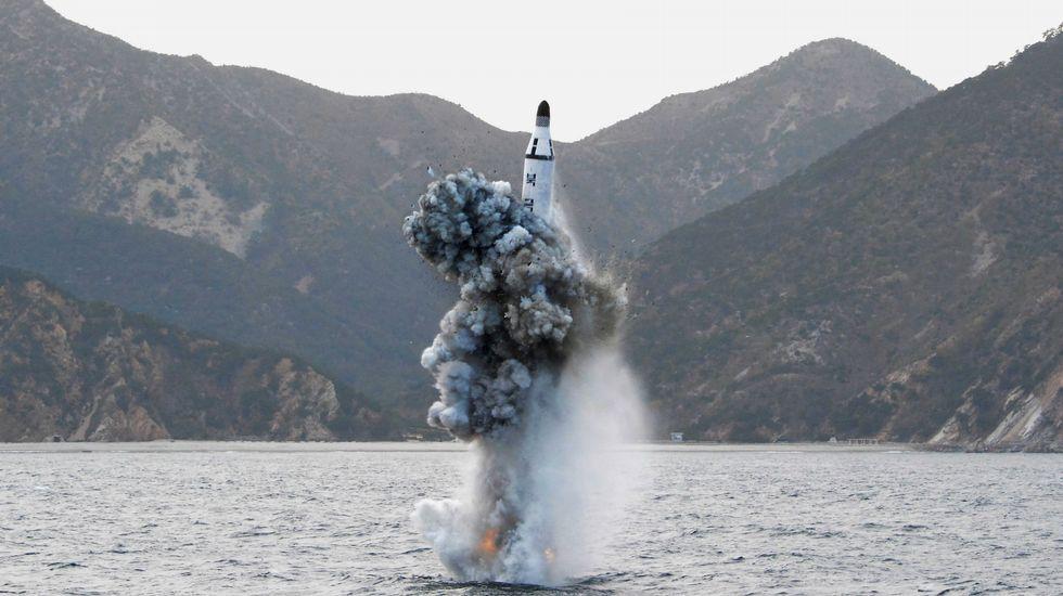 Corea del Norte provoca un terremoto de 5,3 grados.Kin Jong-un