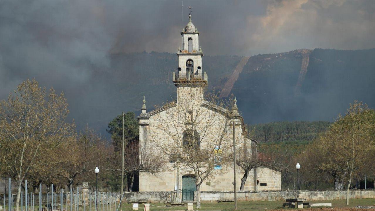 Fuego forestal en Vilamaior do Val.Imagen de un incendio en Asturias
