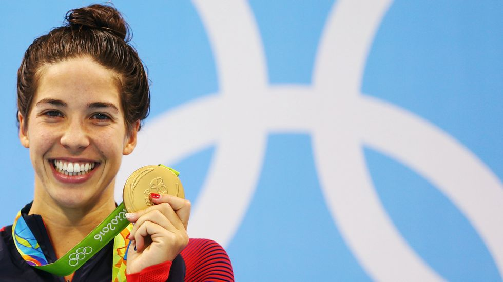 La nadadora Maya DiRado se alzó con dos oros, una plata y un bronce durante la competición