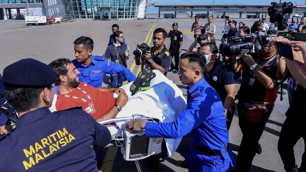 David Fernández fue trasladado al hospital para ser sometido a una revisión médica.