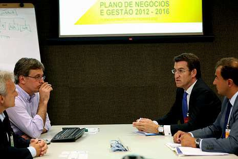 Feijoo y Guerra, ayer con ejecutivos de Petrobras.