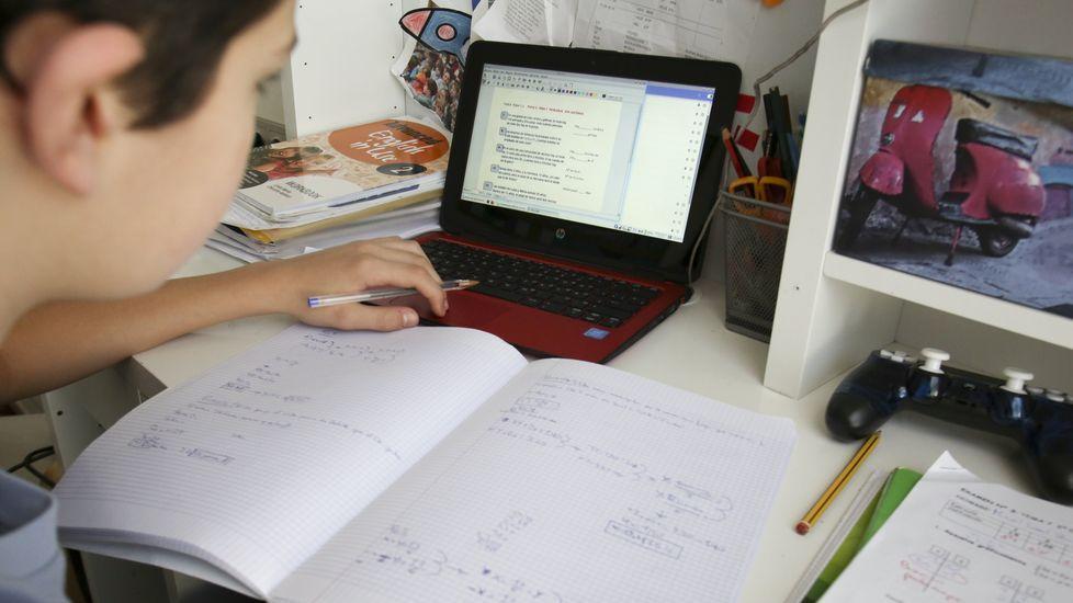 En Galicia hay 300.000 alumnos trabajando desde casa