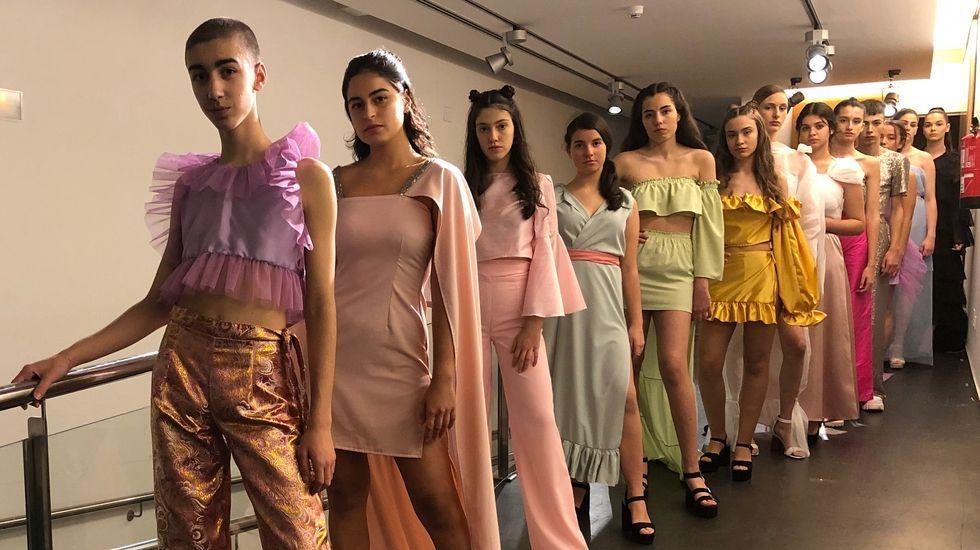 Melide aplaude a su joven diseñador de moda Hugo López