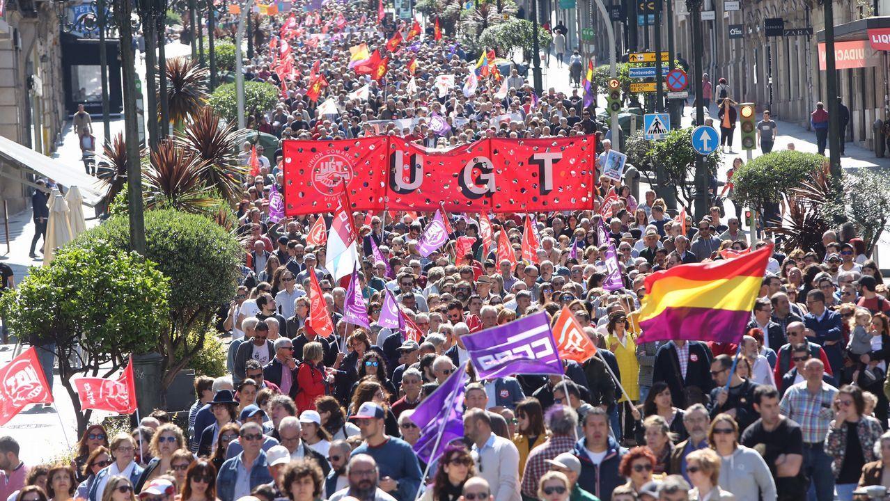 Ferrol agita el Día del Trabajo.Concentración en Vigo