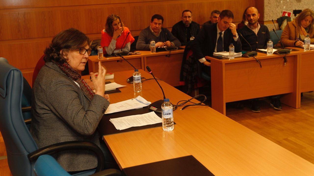 La regidora, Eva García de la Torre, preside un pleno municipal