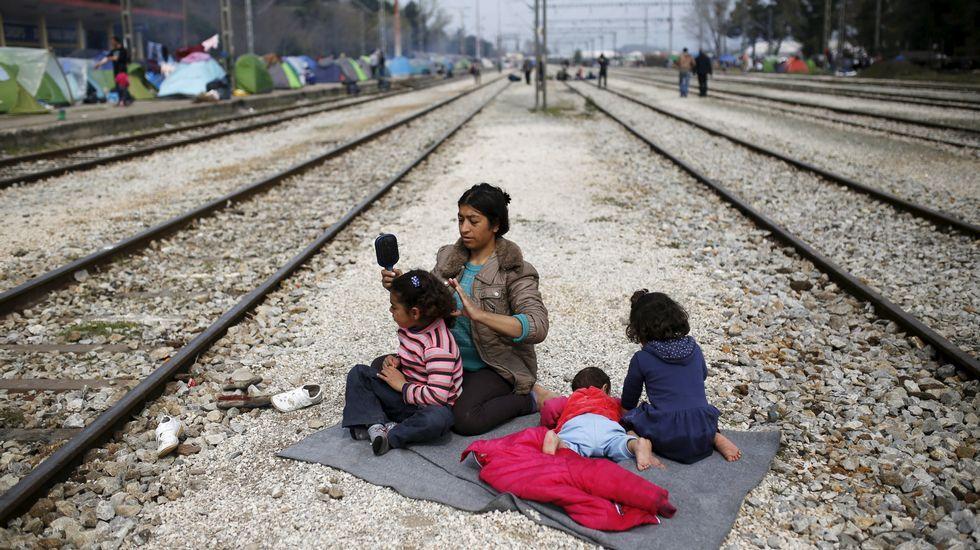 V Televisión en la zona 0 de los refugiados.Mariñas estrena su obra este viernes en el Centro Cívico de los Mallos