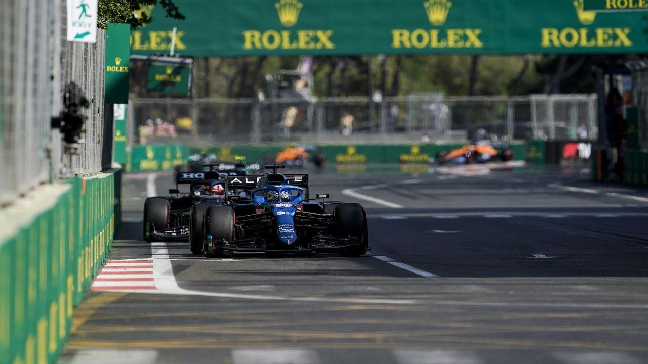 Fernando Alonso durante el GP de Azerbaiyán, en Bakú