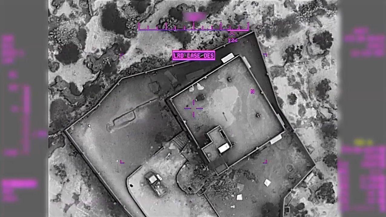 EE.UU. publica las primeras imágenes y vídeos de la operación en la que murió Al Baghdadi en Siria.Varios manifestantes evacuan a un hombre afectado por los gases lacrimógenos durante las protestas en Bagdad