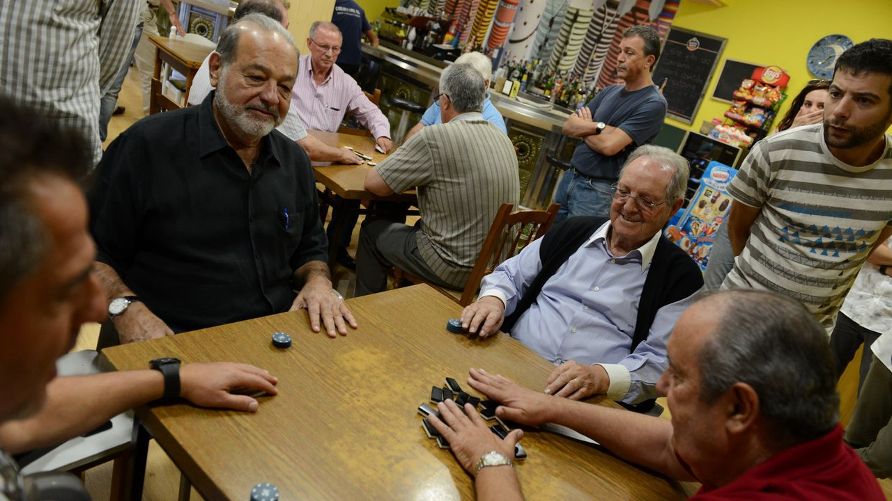 Carlos Slim repite partida de dominóen Avión.Amancio Ortega