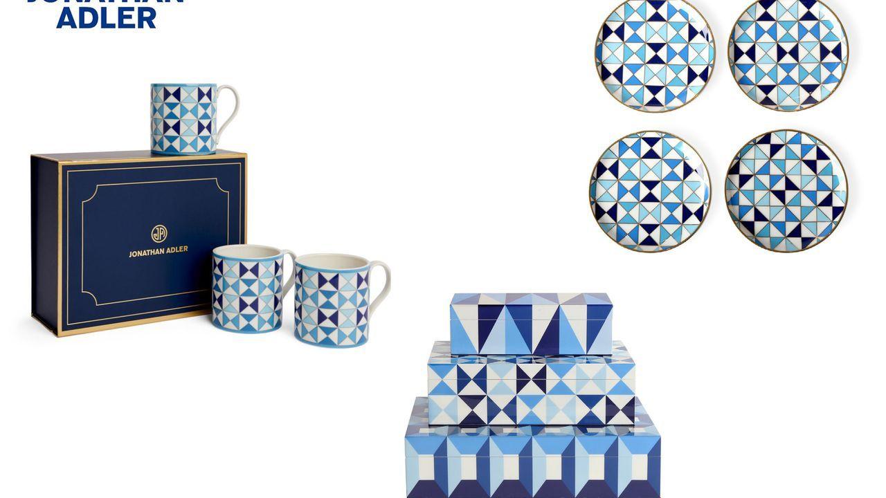¿Plagio o inspiración? Arriba, productos diseñados por el estadounidense Jonathan Adler, cuyo diseño guarda numerosas similitudes con el modelo monférico de Sargadelos