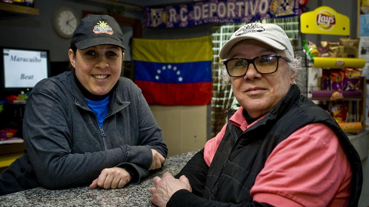 Luimar González junto a su madre