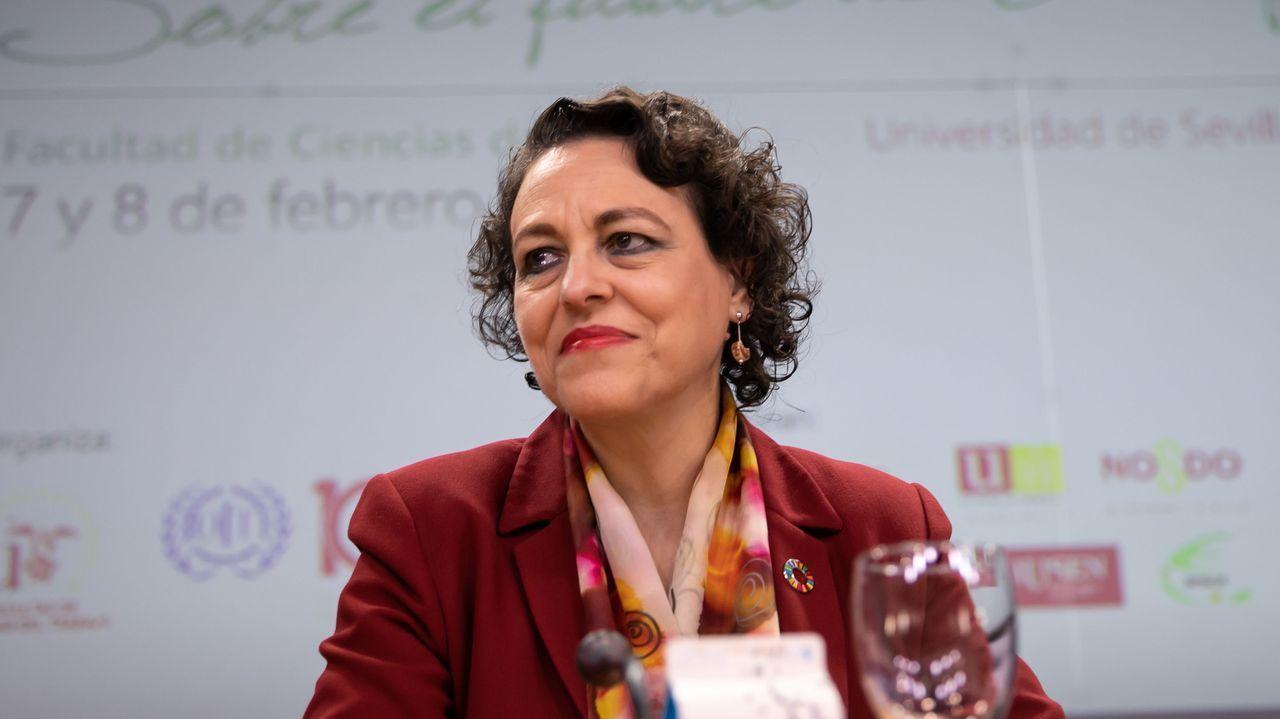 Pedro Sánchez comunica la composición del nuevo Gobierno de coalición.La socialista Adriana Lastra, encargada de las negociaciones del PSOE