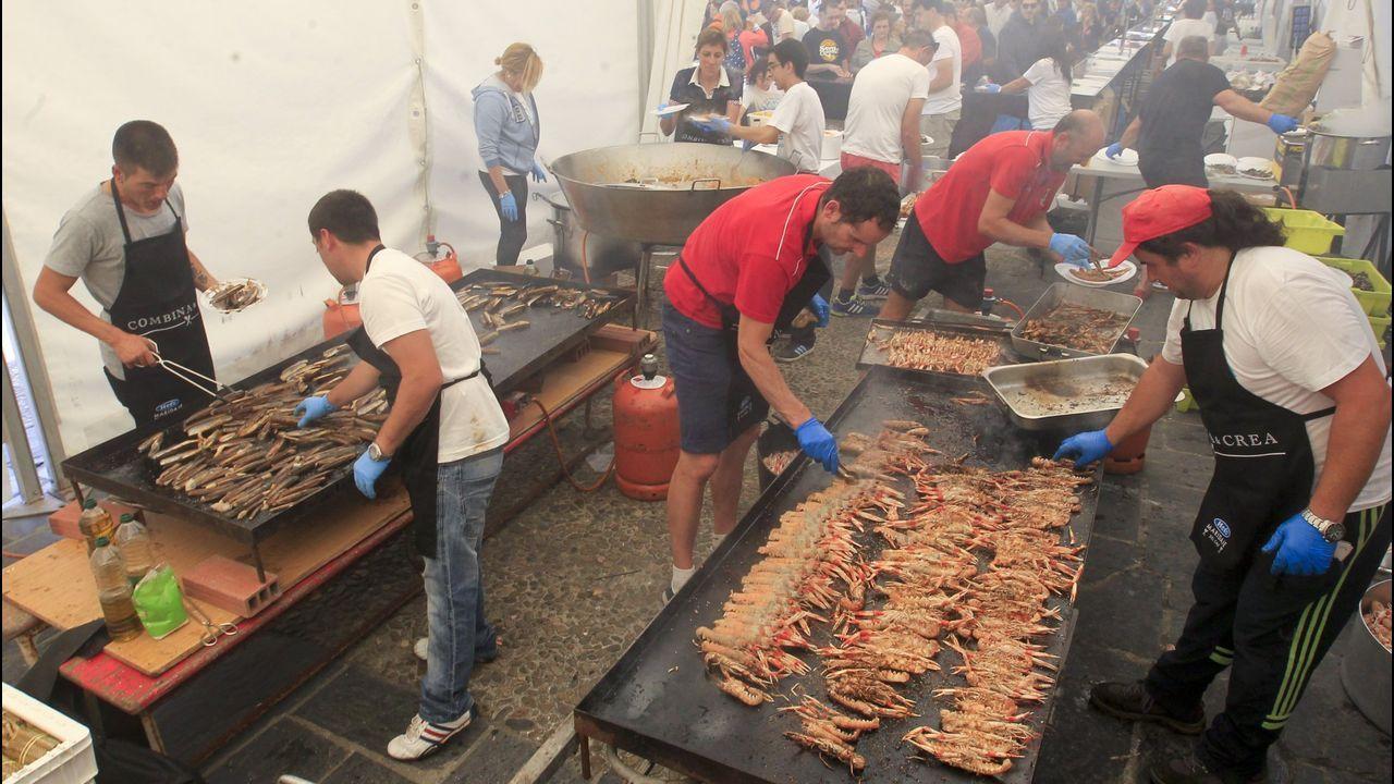 Mercadín de la Sidra y la Manzana del Festival de la Sidra en el puerto deportivo de Gijon.Alfredo García Quintana, concejal de Turismo de Oviedo