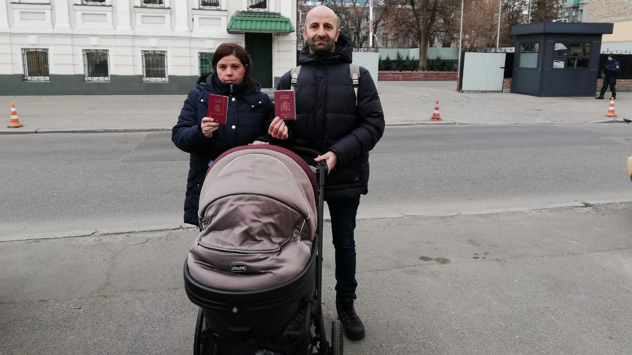 Con estos trucos cambiar los relojes de hora no te quita tiempo.Las familias españolas reclaman la inscripción y el pasaporte español para sus recién nacidos por gestación subrogada en Ucrania