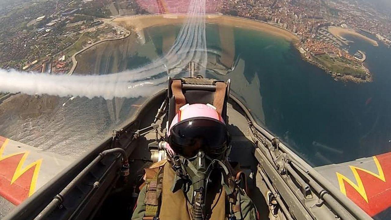 Gijón, desde el aire.Transportes eléctricos que se pueden compartir con esta aplicación