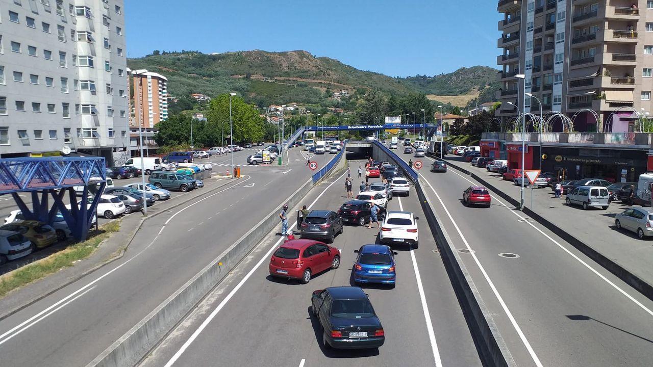 El suceso produjo retenciones de tráfico al tratarse de una carretera muy concurrida en el momento del trágico desenlace