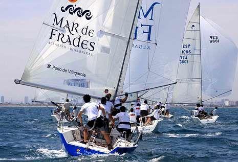 El barco vilagarcian aparece en el octavo lugar de la clasificación tras la primera jornada.