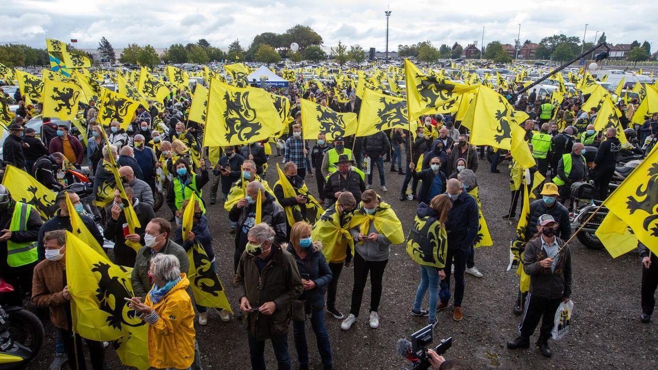 Nacionalistas flamencos de extrema derecha se manifiestan contra el nuevo Gobierno belga presidido por De Croo