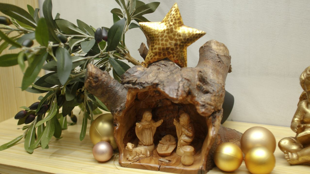 En la imagen, un belén adquirido por Antía López en la ciudad palestina de Belén, donde la tradición cristiana cuenta que nació el niño Jesús