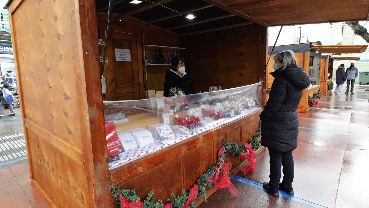Mercadiño de Nadal de Ribadeo, que sigue abierto hasta el día 5