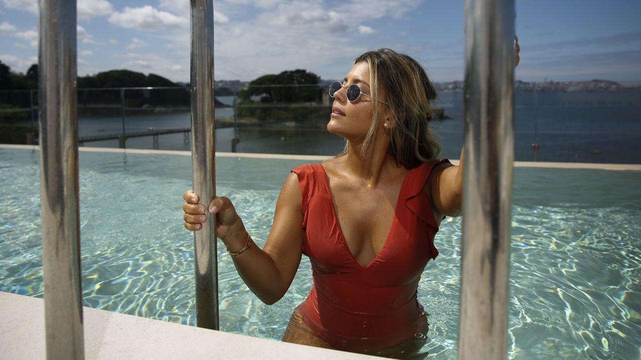 La travesía a nado de Pepe Nogueira.Vista del Pazo de Meirás, en Sada