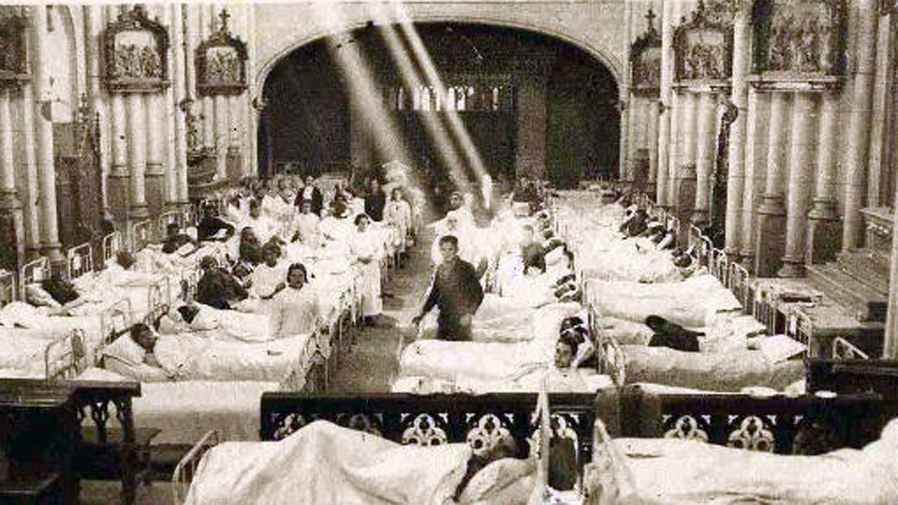 La iglesia de Salesas de Oviedo durante la Guerra Civil, cuando sirvió de hospital.
