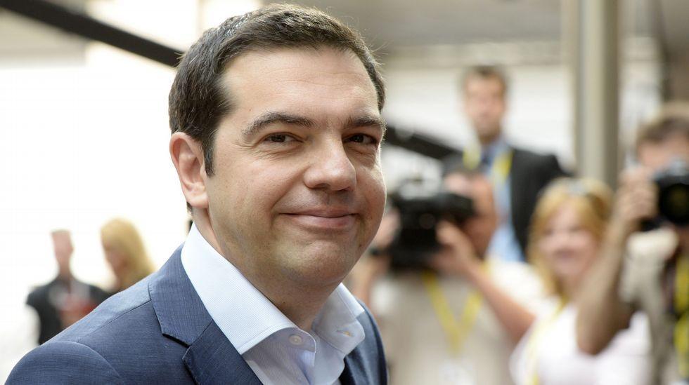 Colas en los cajeros de Grecia.Dijsselbloem, en una rueda de prensa del Eurogrupo