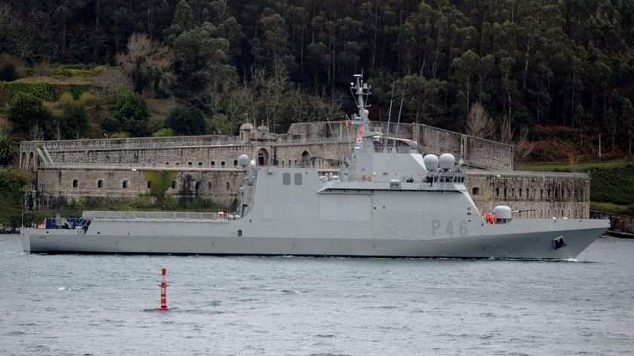 Inundaciones por una tromba de agua en Ferrol.El Patiño realiza un doble suministro de combustible con las fragatas Álvaro de Bazán y Almirante Juan de Borbón