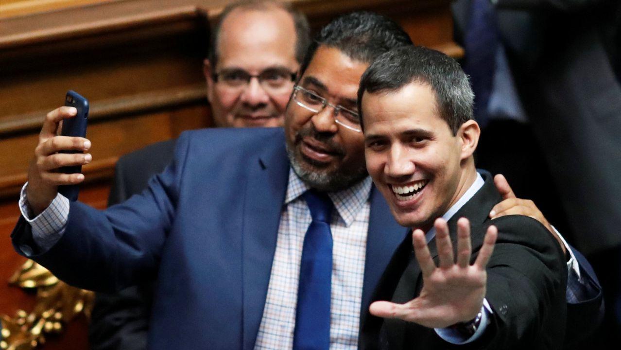 La oposición a Maduro vuelve a las calles.Guaidó acudió este martes al Parlamento para activar una ley de transición