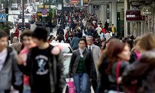 La población de Vigo solo supera en algo más de cien euros la media de ingresos por hogar de Galicia