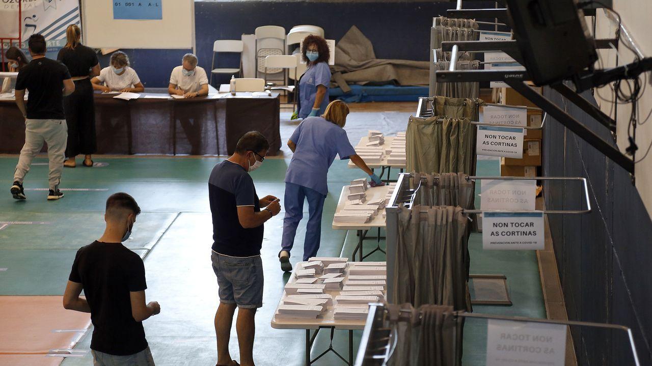 Jornada electoral en Boiro