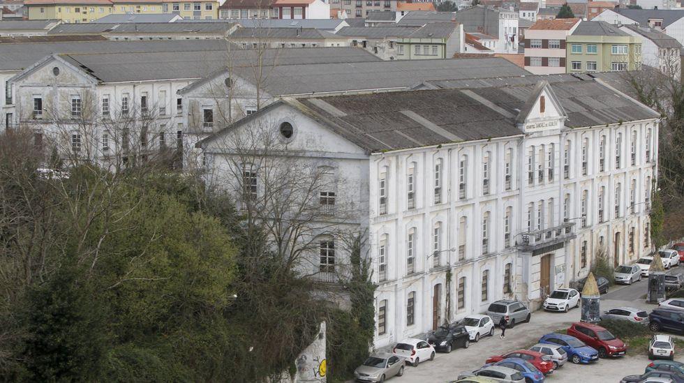 Vista del edificio principal y de parte de los pabellones del antiguo acuartelamiento, pieza estrella del convenio con Defensa