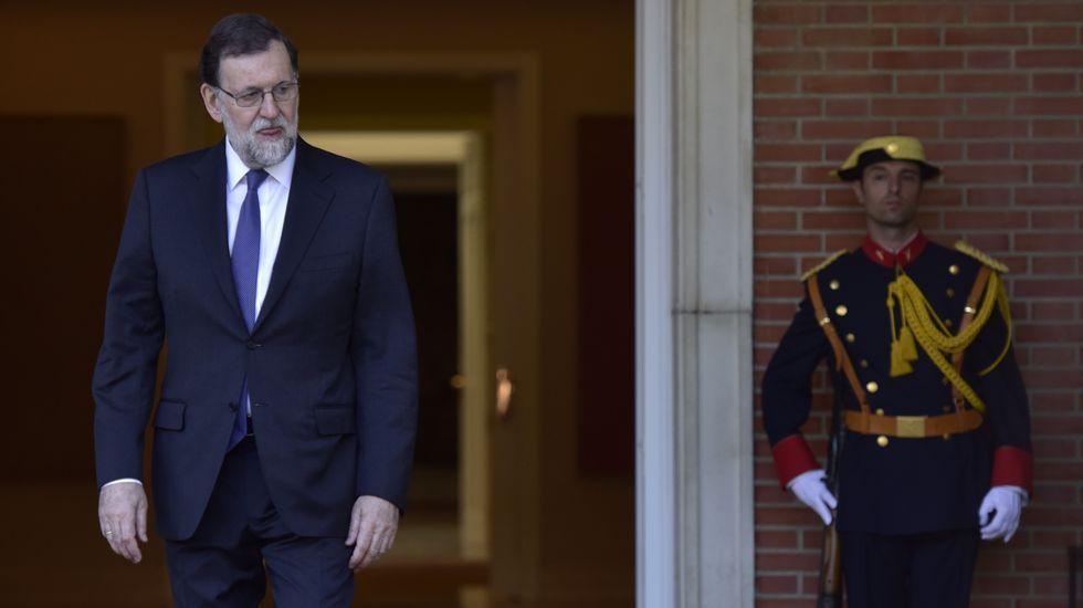 Rajoy: «Jamás me he ocupado de asuntos económicos en el partido».Luis Bárcenas, a su llegada a la Audiencia Nacional esta mañana
