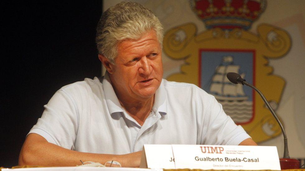 Visita del consejero de Ciencia, Borja Sánchez, a Cafés El Globo