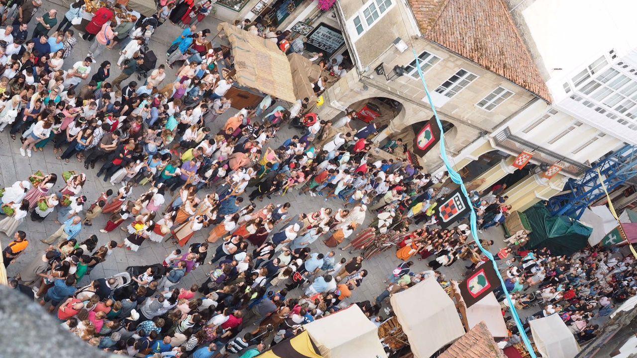 Primer día de mercado en Betanzos.André Teijo Hermida