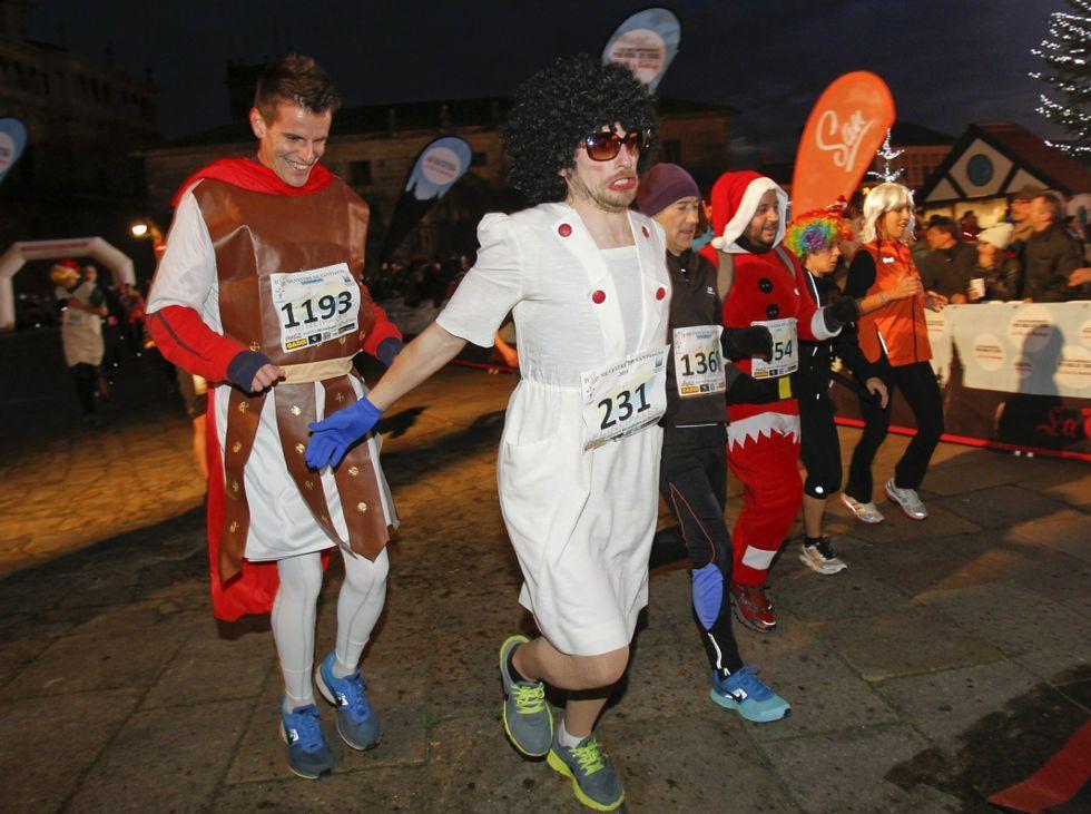 Participantes en la edición del 2014, disfrazados.