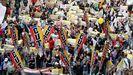 Manifestantes durante la protesta contra la reforma fiscal convocada en Bogotá