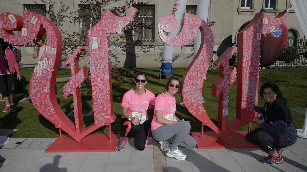 Todas las fotos con la V Solidaria de la Carrera de la Mujer.III Carrera pedestre popular Ruta dos en parque de Acea da Ama en Culleredo