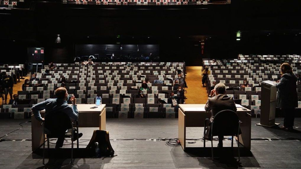 El Concello de Ourense celebró de nuevo su pleno en el Auditorio