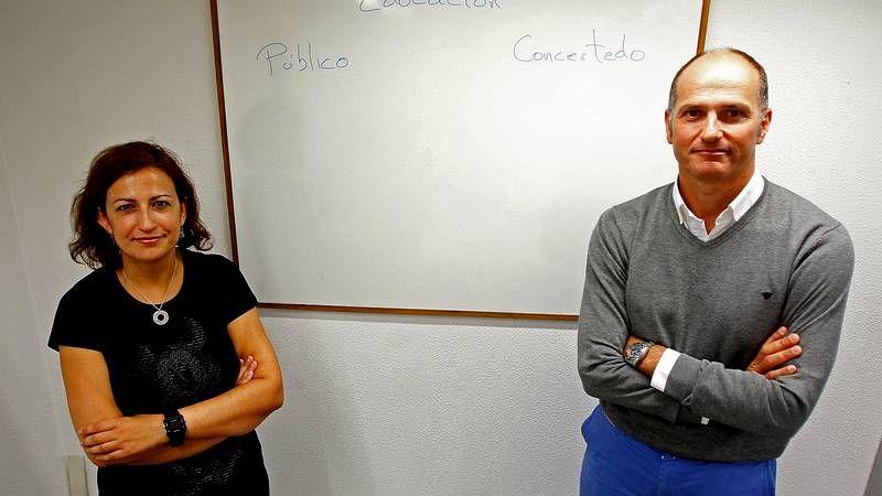 La conselleira Beatriz Mato, ayer en Santiago con Guillermo Martínez.