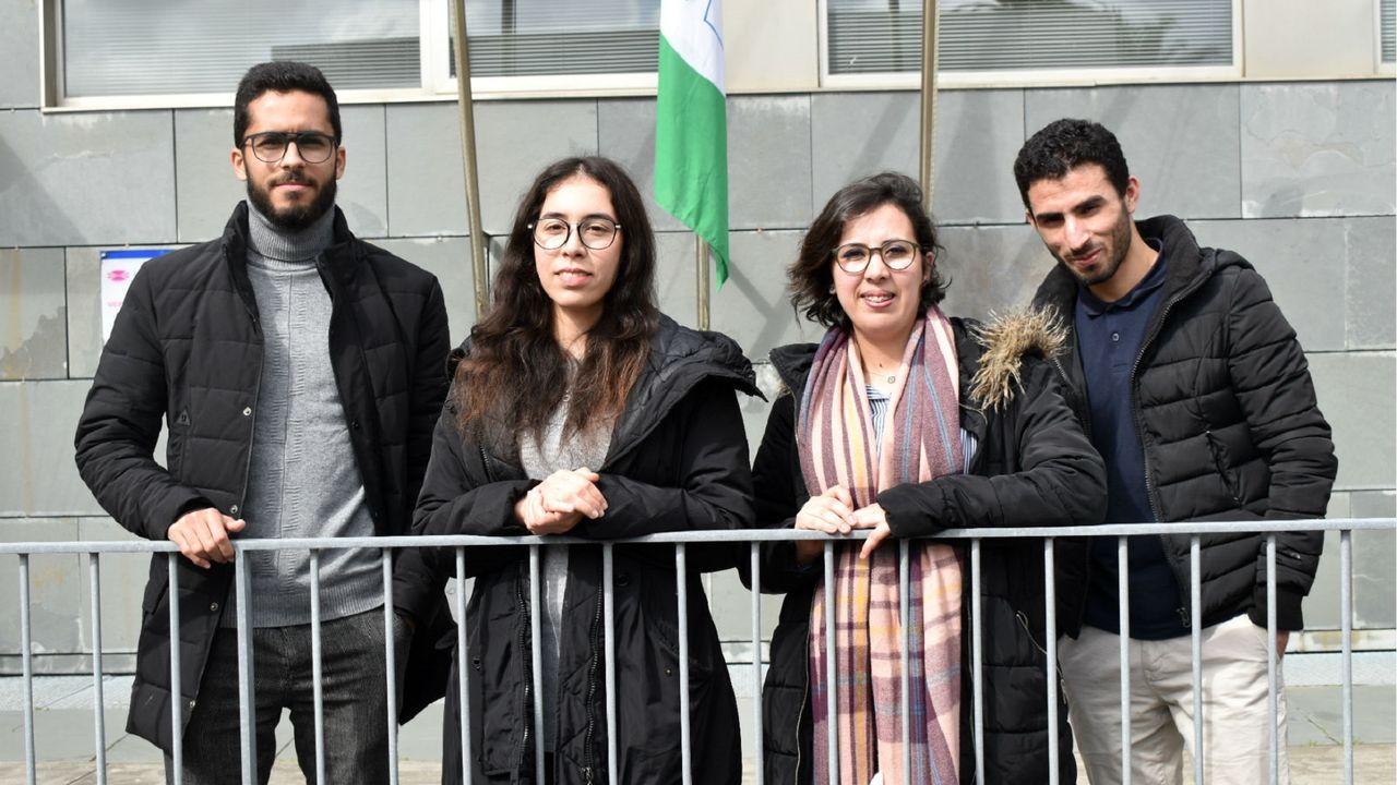 De izquierda a derecha, Kamal, Dilal, Doha y Mohammed, retratados ayer en el campus de Ferrol. udc
