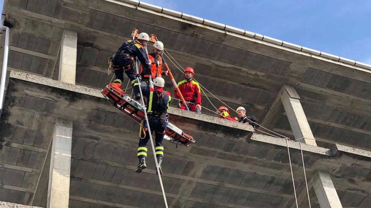 Curso de rescate en altura en Maceda